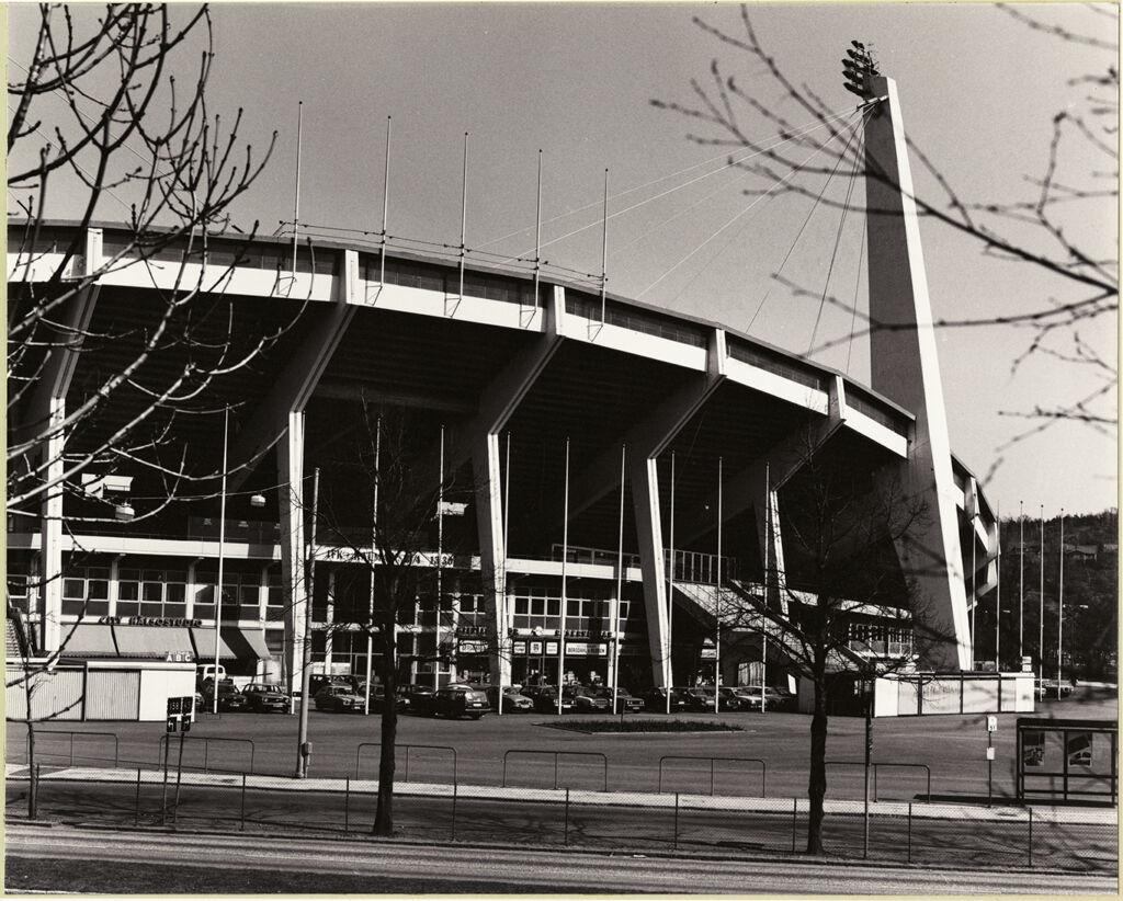 svartvit bild av idrottsarenan ullevi